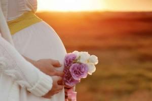 Врачи рекомендуют такие позы секса при беременности