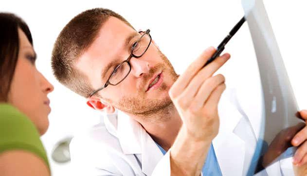 Если болит крестец при беременности, нужно обратиться к врачу