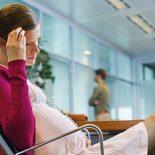 О чем сигнализируют прозрачные выделения при беременности